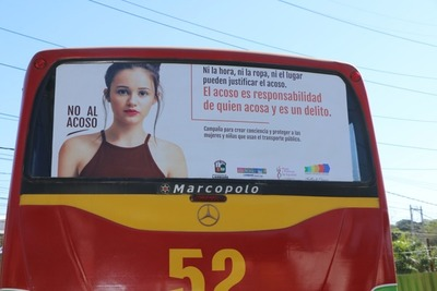 Municipalidad de Lambaré presenta campaña contra acoso de niñas y mujeres en ómnibus
