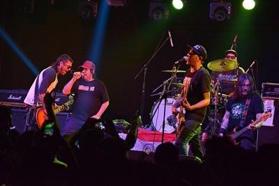Fanáticos del punk rock vibrarán este sábado en el Casco Antiguo