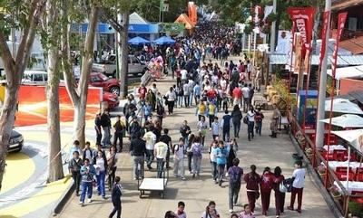 Analizarán cambios de fechas de la Expo tras adelanto de vacaciones