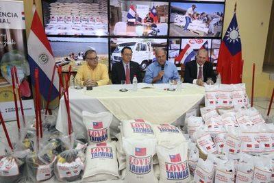 Gobierno de Taiwán dona arroz y kits de limpieza e higiene a damnificados