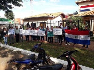 Amenaza de desalojo masivo en Isla Guavirá