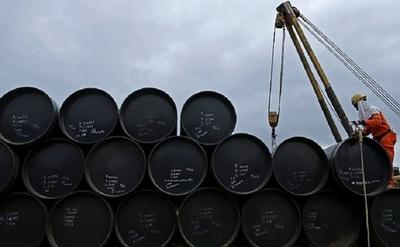 Tensiones políticas podrían seguir elevando el costo del Petróleo