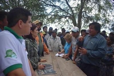 Autoridades se reunieron con líderes indígenas tras cierre de ruta Transchaco