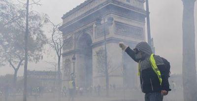 """Protestas en Francia de """"chalecos amarillos"""" cumplen seis meses"""