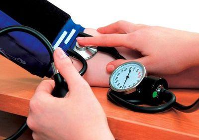 Salud recomienda controlar presión arterial desde los 5 años