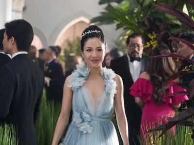 Donan vestido usado en Locamente millonarios a Museo de Historia de EEUU