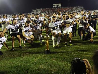 Los campeones invictos del fútbol paraguayo
