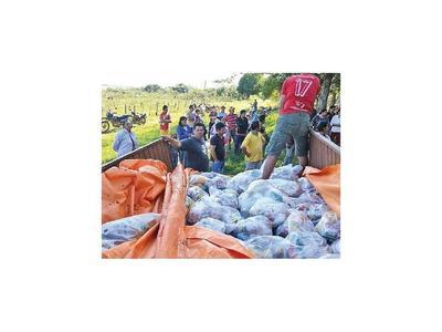Misiones: Familias afectadas por lluvias reciben asistencia