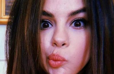 Selena Gomez reaparece en Instagram y supera los 9 millones de 'likes' con sus selfies