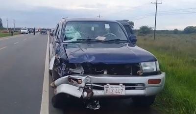 Motociclista fallece tras chocar contra una camioneta en Paraguarí