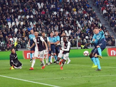 El Atalanta acaricia la 'Champions' y el Napoli humilla al Inter