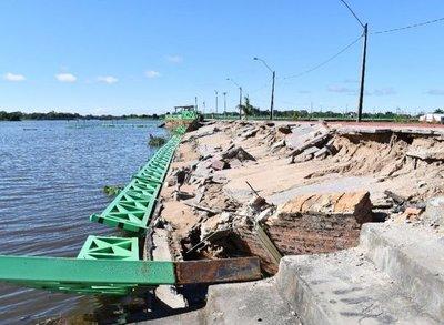 Peligrosas erosiones de la costanera de Pilar