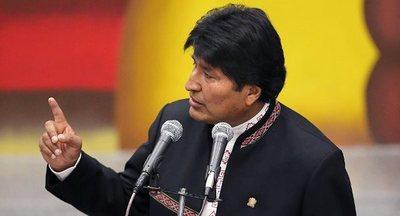 Evo Morales condena las «amenazas de guerra» de EEUU a Irán