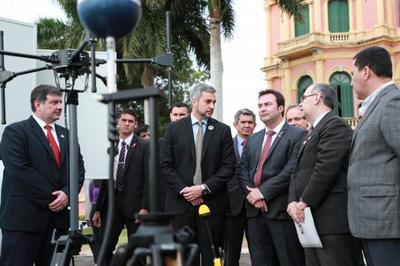 CONATEL informa recaudación récord y presenta nuevos móviles para el control de calidad de las telecomunicaciones