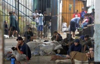 HOY / Una cárcel en Emboscada y otra en Minga Guazú (2.500 reos) costará US$ 36 millones