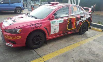 Andrea Lafarja se suma al Team Rally de Barcos y Rodados