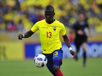 Ecuador irá con catorce 'extranjeros' a la Copa América