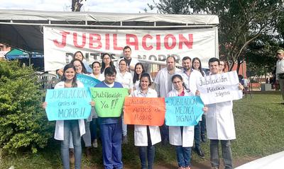 Médicos del Alto Paraná esperan promulgación de Ley de Jubilación