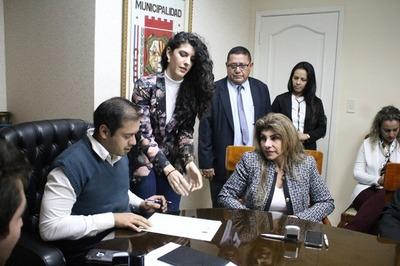 Incidentado inicio de gestión de Miguel Prieto en CDE