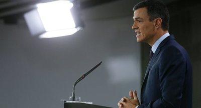 Sánchez promete defender la autonomía de Cataluña ante el independentismo y la derecha
