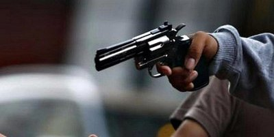 Horqueta: Delincuentes asaltan a un hombre