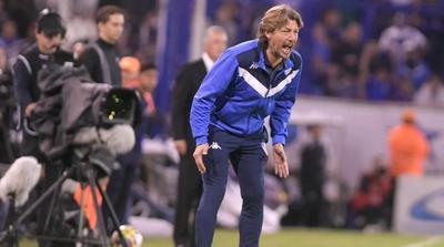 Heinze renovaría y se quedaría en Vélez
