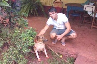 ¡Héroe! Salvó a jagua'i que cayó a feroz pozo