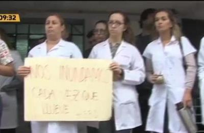 Protestas de médicos por veto parcial