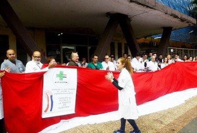 En pleno aumento de casos de gripe, médicos anuncian huelga