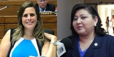 Kattya González asegura sentirse halagada por ser madrina de escrachadores y no de narcotraficantes