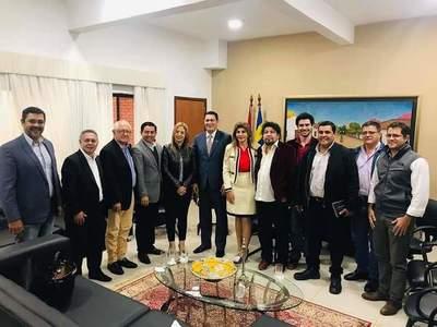 Opositores a Prieto habrían buscado respaldo en Asunción