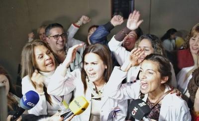 HOY / Congreso rechaza veto a ley de jubilación y médicos celebran victoria
