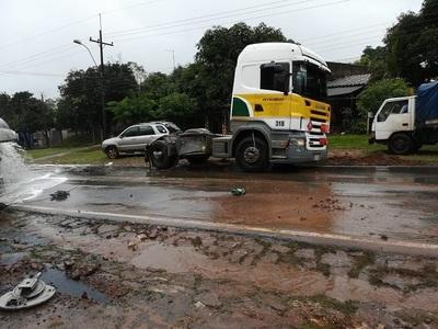 Empresa dice haber controlado fuga de combustible en accidente