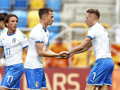 Italia vence por la mínima a México