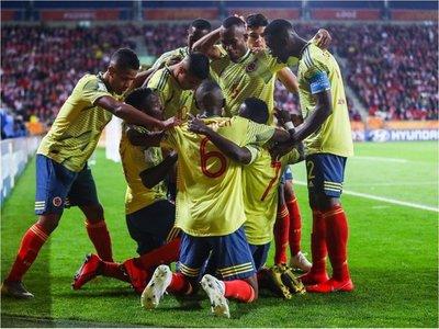 Colombia sorprende a Polonia y deja buena imagen en debut