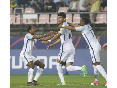 Inglaterra derrota a Italia y medirá a Venezuela en final