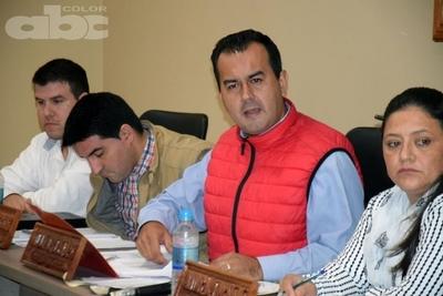 Merienda escolar motivo de discusion en la Junta Departamental de Caazapá