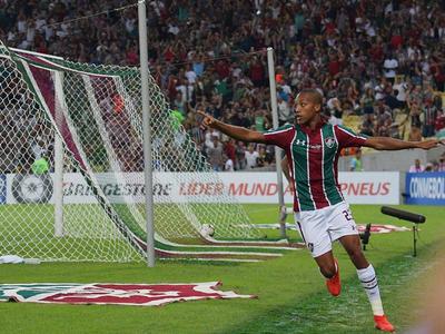 Fluminense vapulea al Atlético Nacional en el Mineirao