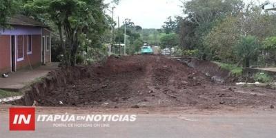 CONSTRUYEN PAVIMENTO Y SISTEMA DE DESAGÜE EN EL CENTRO DE FRAM