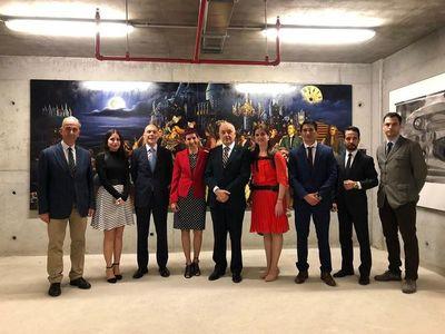 Obra de escultor paraguayo forma parte de colección en galería de Turquía