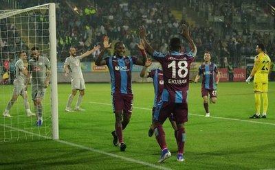 Hugo RodaLlega con gol