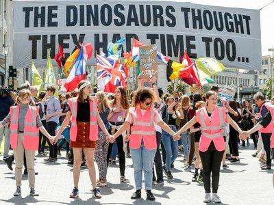 Jóvenes europeos exigen medidas contra el cambio climático