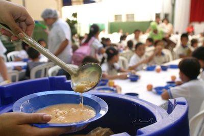 Alumnos de Caazapá aún no reciben merienda y almuerzo escolar
