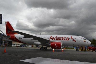 United Airlines ejerce su derecho y cambia el mando de Avianca Holdings