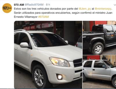 Exhiben vehículos para operativos encubiertos