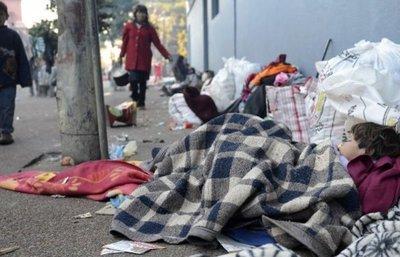 Convocan a personas solidarias para recolección de abrigos
