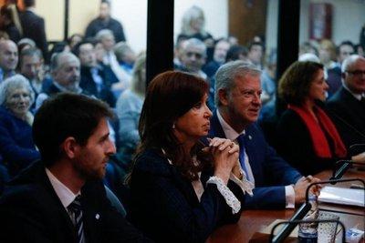 Magistrado pide remoción de fiscal que acusa a Kirchner