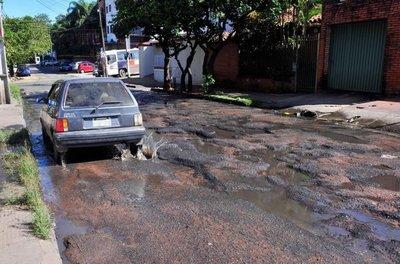 Asunción está sucia y abandonada por la inutilidad de la Municipalidad