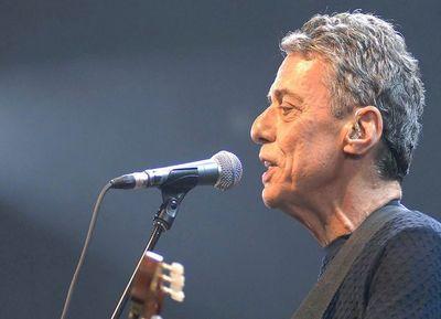 Chico Buarque gana el Camôes de Literatura