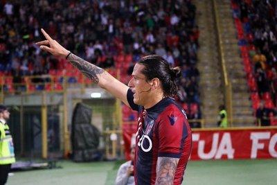 Santander cierra su primera Serie A con un doblete al Nápoles